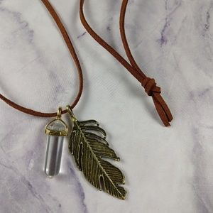 Jewelry - Stone and Feather Necklace Hippy Natural Long NEW